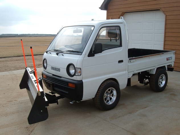 Custom Snow Plow on Suzuki Carry
