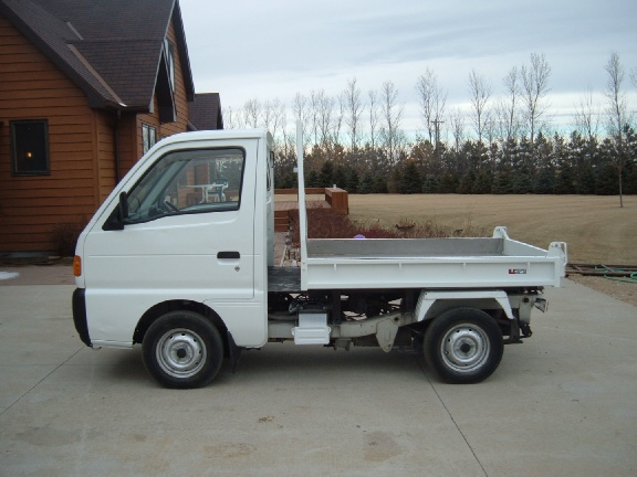 photo of 1997 Suzuki Carry Dumper